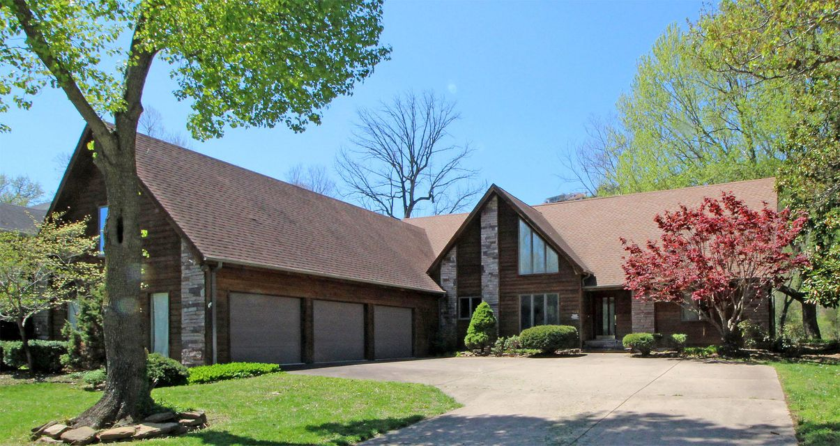 422 Foggy River Road Hollister, MO 65672