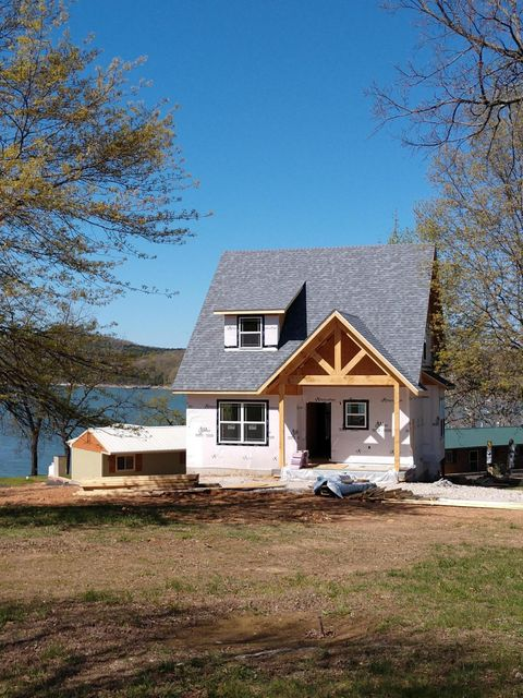 COMING SOON! New cabins for sale are coming to the Rod n Reel Point!  Beautiful, NEW construction, easy maintenance, 3 bedroom, 2 bath, stainless and granite, just to name a few of the exciting details you can expect to see!   A private, gated, lakefront community, 1/2 mile off of Hwy 39 in Shell Knob.  Very family friendly, complete with swimming pool, kids playground,  landscaped grounds, laundry and exercise room.   Great main channel waterfront location, conveniently located between Campbell Point Marina and the Shell Knob Bridge.   New construction has already begun. The attached photo is a similar design to the the lake view cottages under construction.