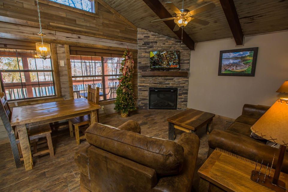 26 Cave Lane #Cabin 14 Indian Point, MO 65616