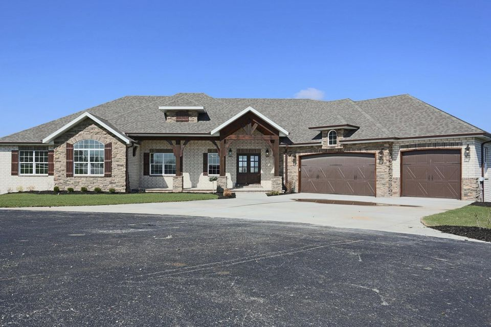 179  Eagle Ridge Court Reeds Spring, MO 65737