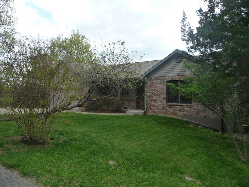 31  Greenbrier Drive Kimberling City, MO 65686