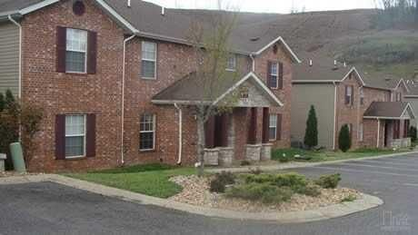 2907 Vineyards Parkway #6 Branson, MO 65616