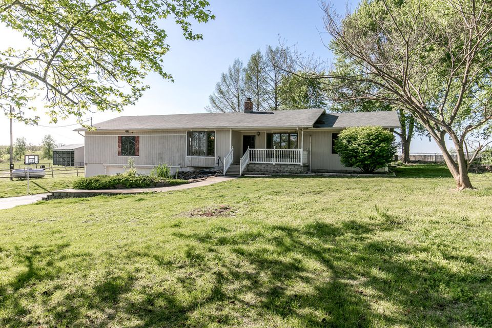 1137 State Hwy N Clever, MO 65631