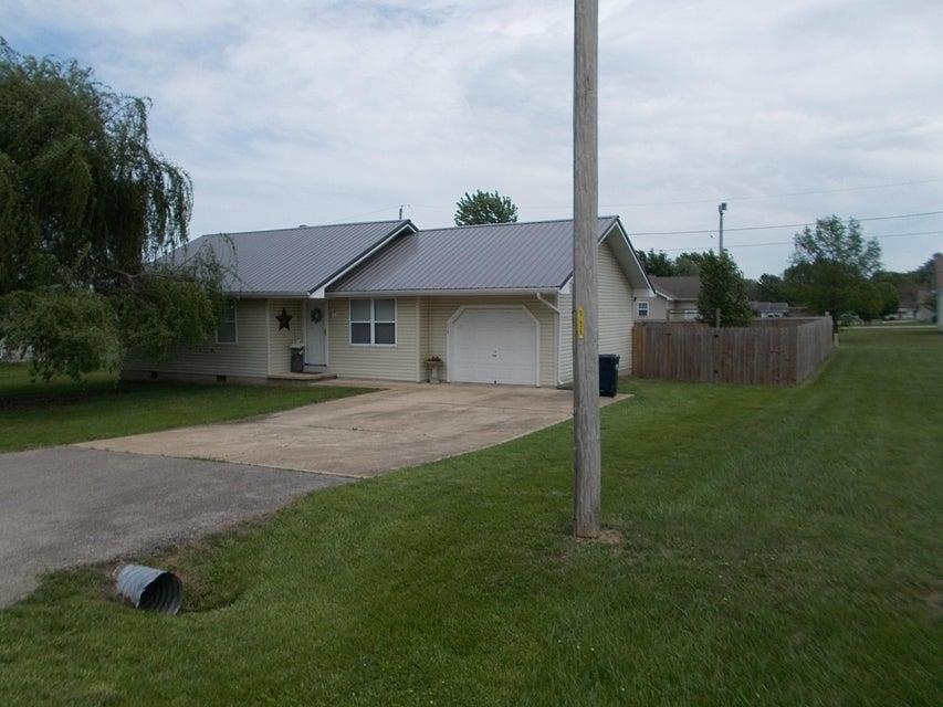 714 South Birch Street Buffalo, MO 65622