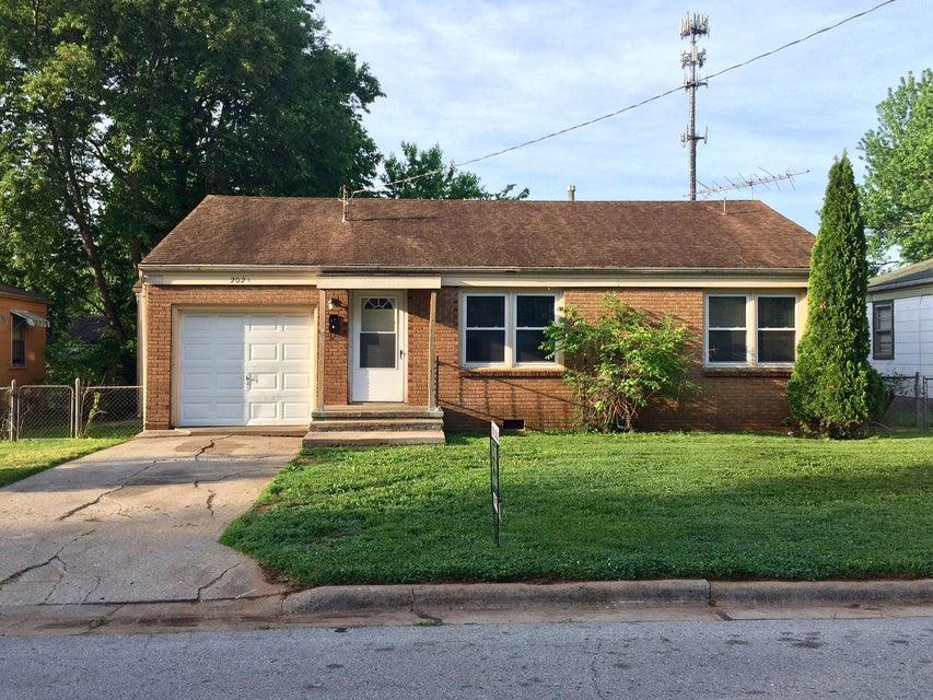 202 East Lindberg Street Springfield, MO 65807