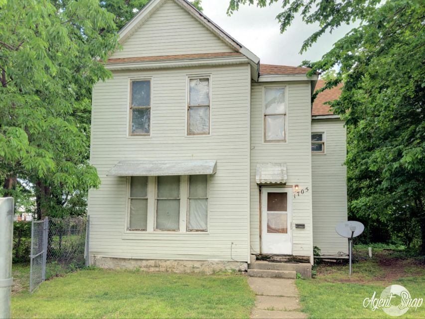 1705 West Olive Street Springfield, MO 65802