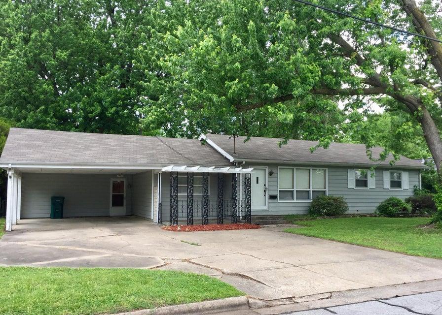 2015 South Fairway Avenue Springfield, MO 65804
