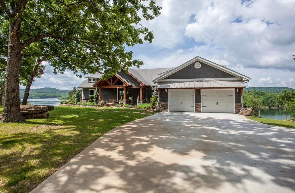 27627 Farm Road 1190 Eagle Rock, MO 65641