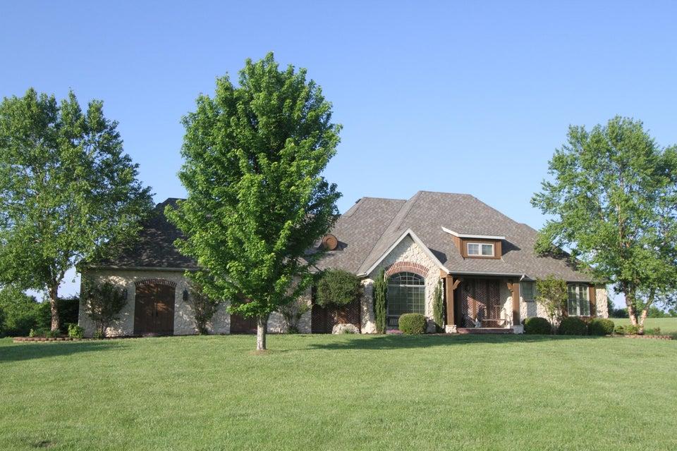 6572 South Farm Rd 203 Rogersville, MO 65742