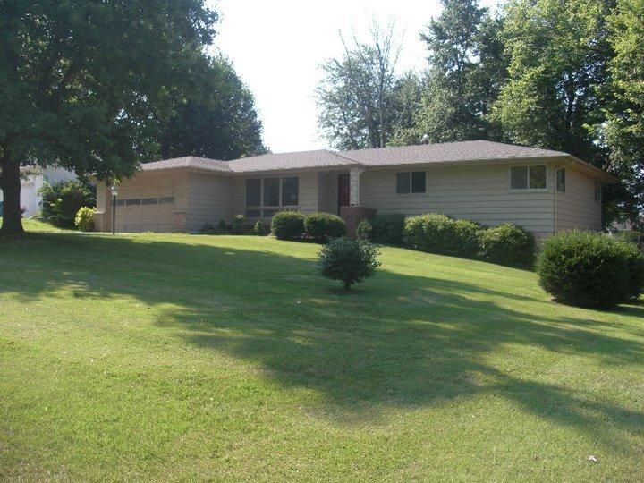 3130 East Wilshire Drive Springfield, MO 65804