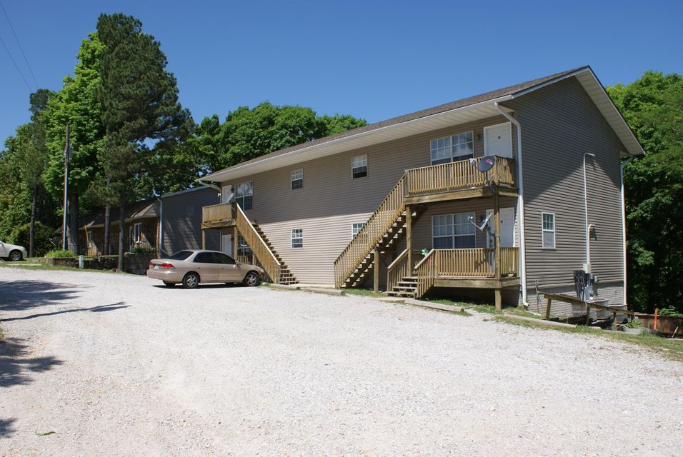 9755 State Highway 13 Kimberling City, MO 65686