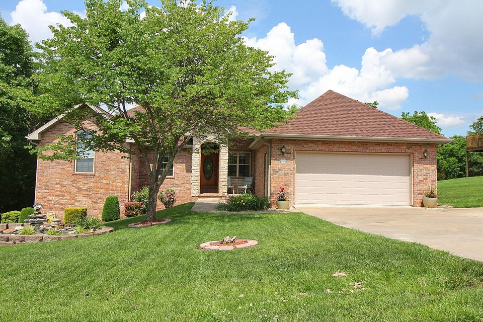 1111 Ledgestone Lane Branson West, MO 65737