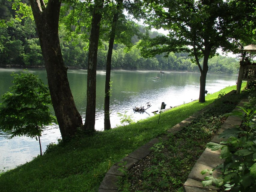 158 River Point Road #15 Hollister, MO 65672