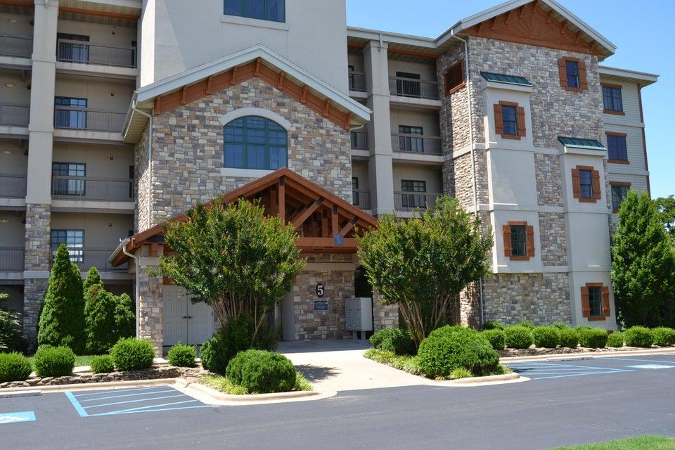 250  Lakewood Drive #5404 Hollister, MO 65672