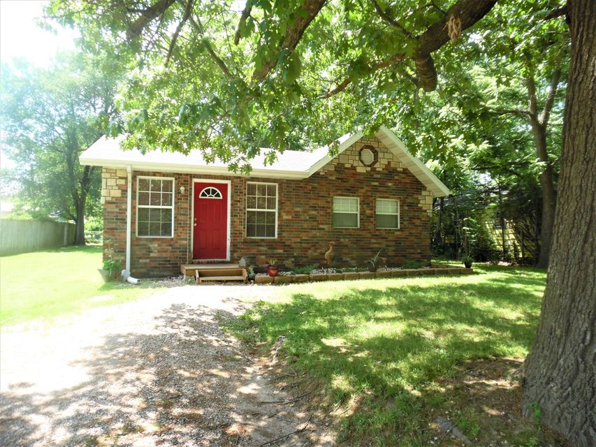 605 South Missouri Marionville, MO 65705