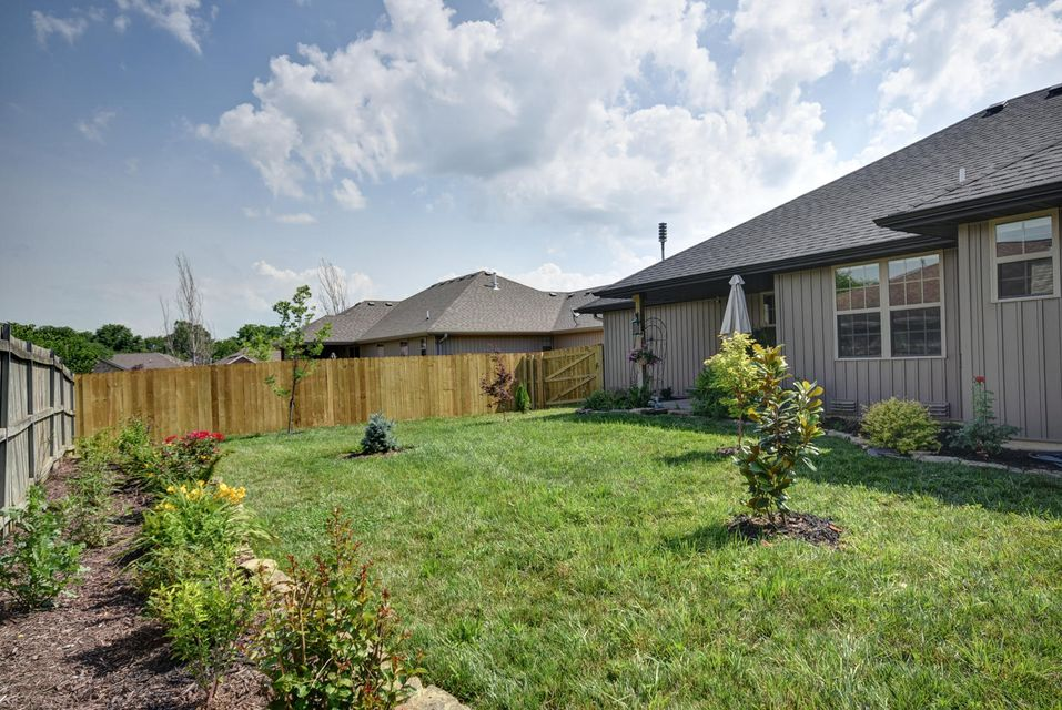 819 South Trail Point Court Nixa, MO 65714