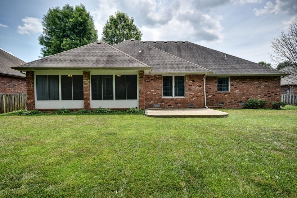 2535 West Westview Street Springfield, MO 65807