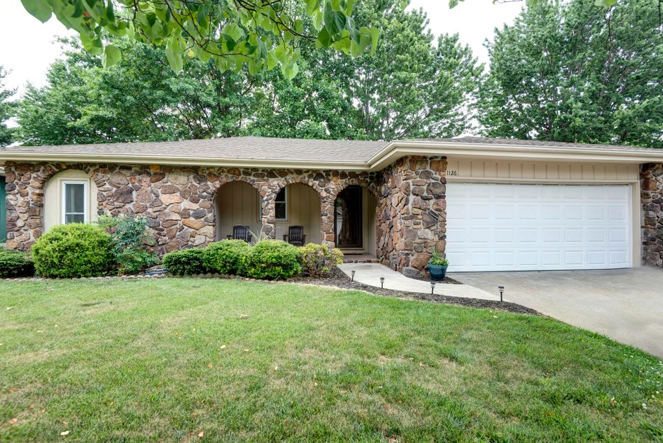 1126 East Cambridge Street Springfield, MO 65807