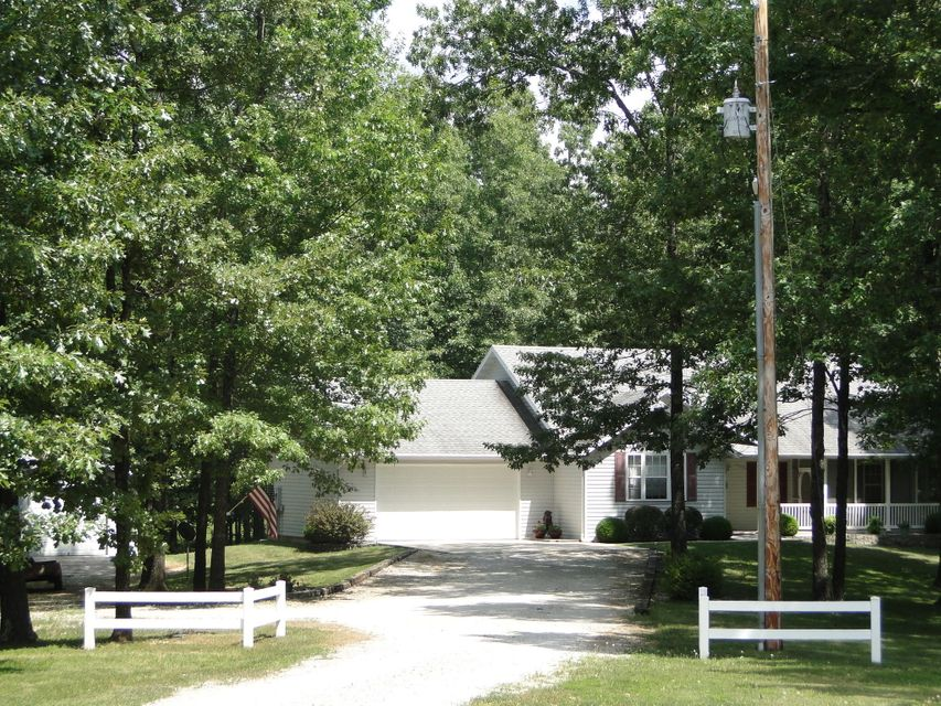 13942 South State Highway 5 Pvt Drive-D Ava, MO 65608