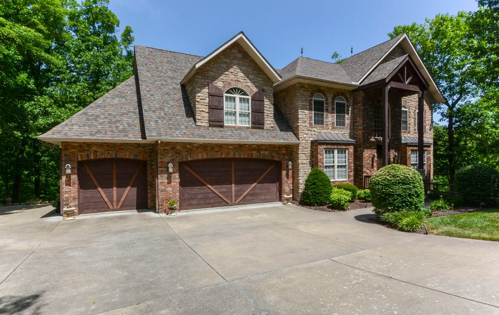 222 Hummingbird Lane Branson, MO 65616