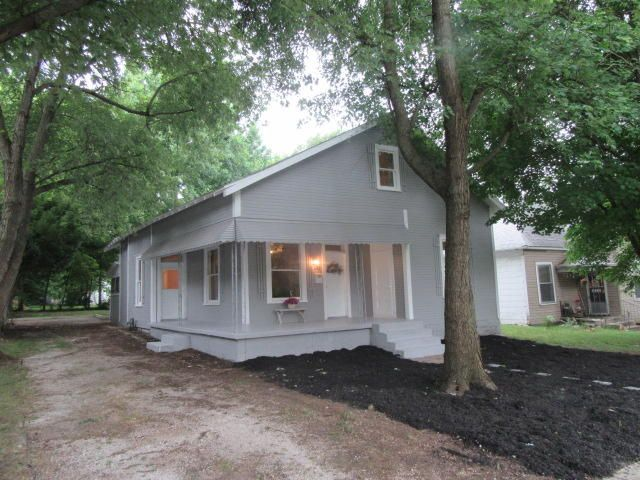 626 West Hovey Street Springfield, MO 65802