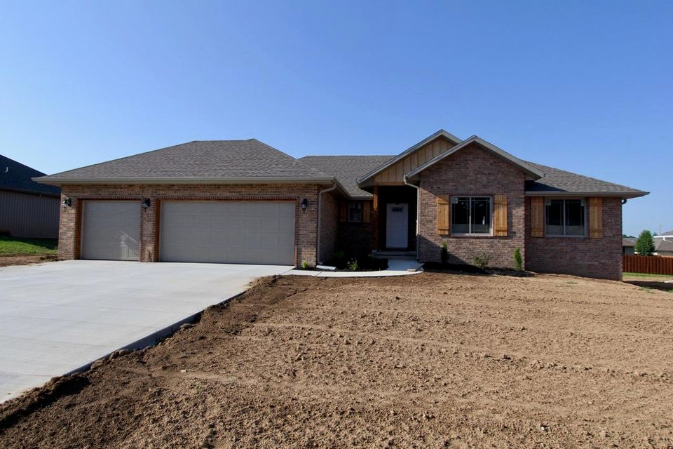 4436 West Cloverleaf Terrace Battlefield, MO 65619