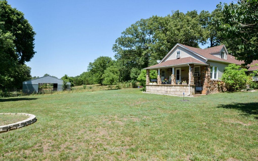 2945 Slough Hollow Rd Kissee Mills, MO 65680