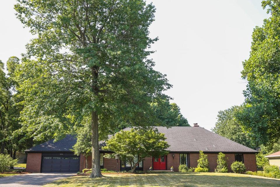 1030 East Brookside Drive Springfield, MO 65807