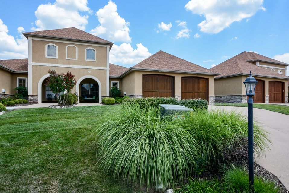 116 North Tuscany Drive Hollister, MO 65672
