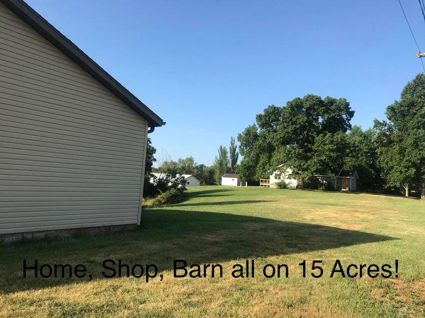 20198 Old Hwy 160 Reeds Spring, MO 65737