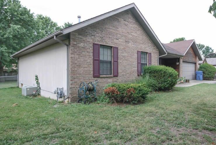 6916 West Lone Oak Street Springfield, MO 65803