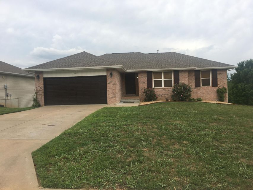 3323 South Valley View Drive Springfield, MO 65807