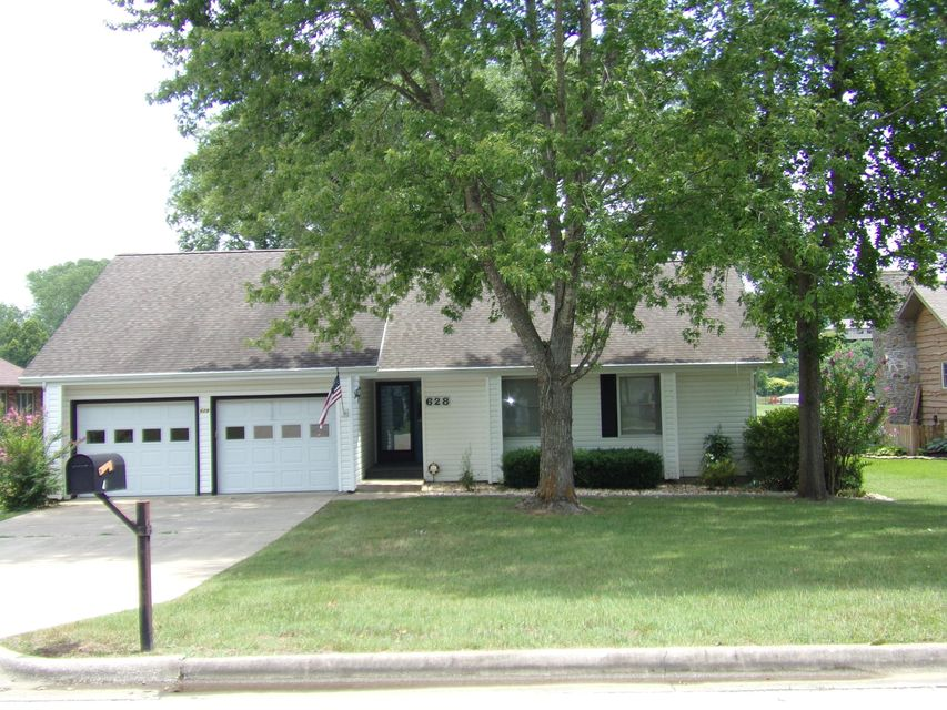 628 Parnell Drive Branson, MO 65616