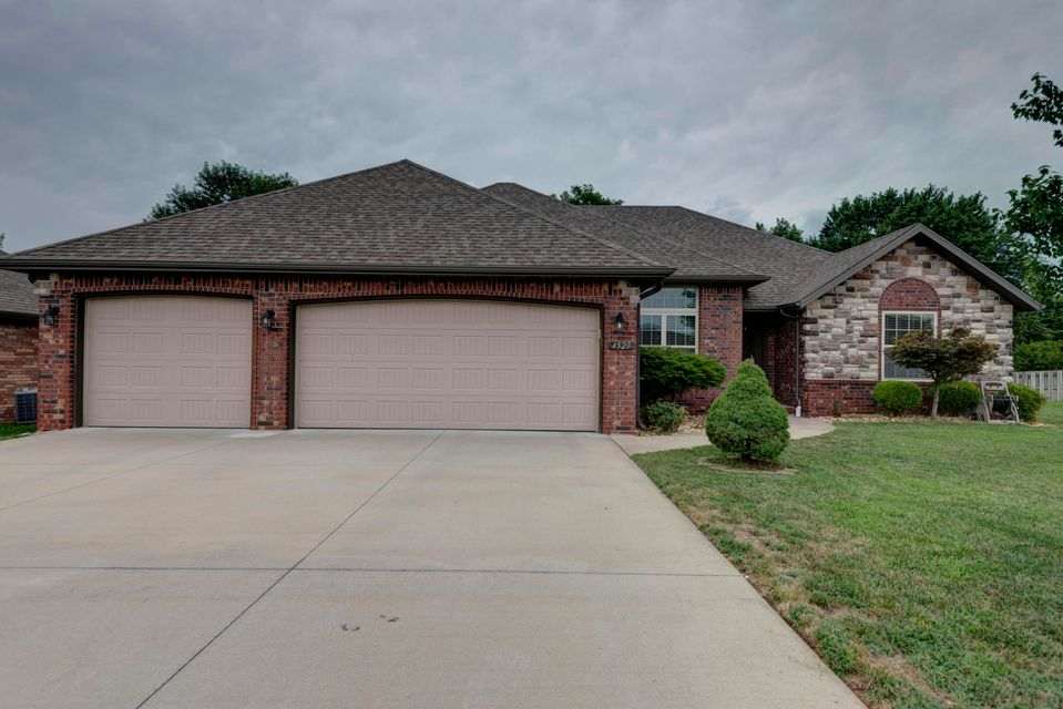 4529 South Owen Court Battlefield, MO 65619