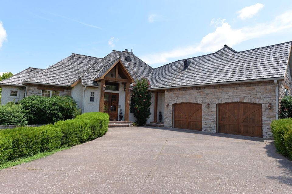 155 Sunrise Cove Branson, MO 65616