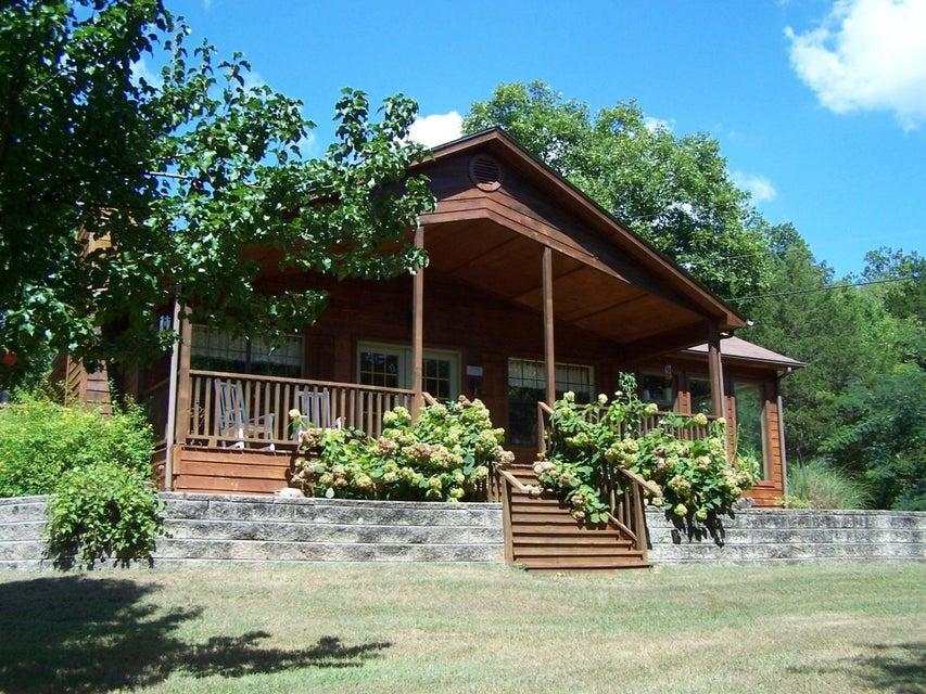 17685 Farm Road 2260 Eagle Rock, MO 65641