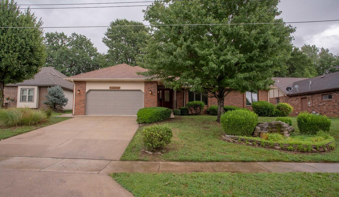 2272 South Laurel Avenue Springfield, MO 65807