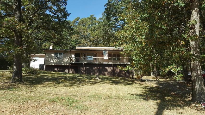 2402 Fall Creek Road Branson, MO 65616