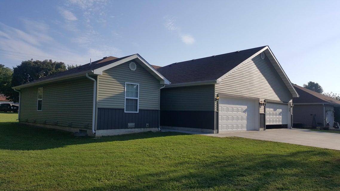 MultiFamily for sale – 711/713 South Buffalo   Marshfield, MO