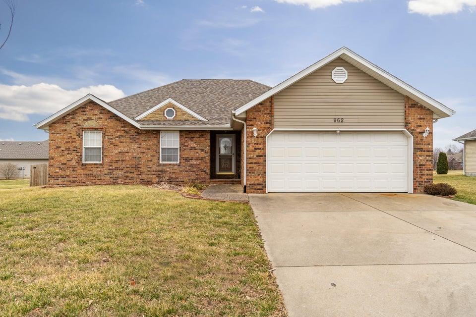Residential for sale – 962  Megan   Willard, MO