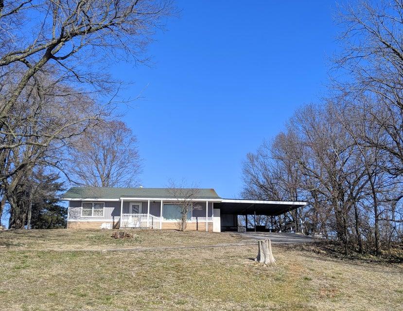 Farm for sale – 12901 West Farm Rd 64   Ash Grove, MO