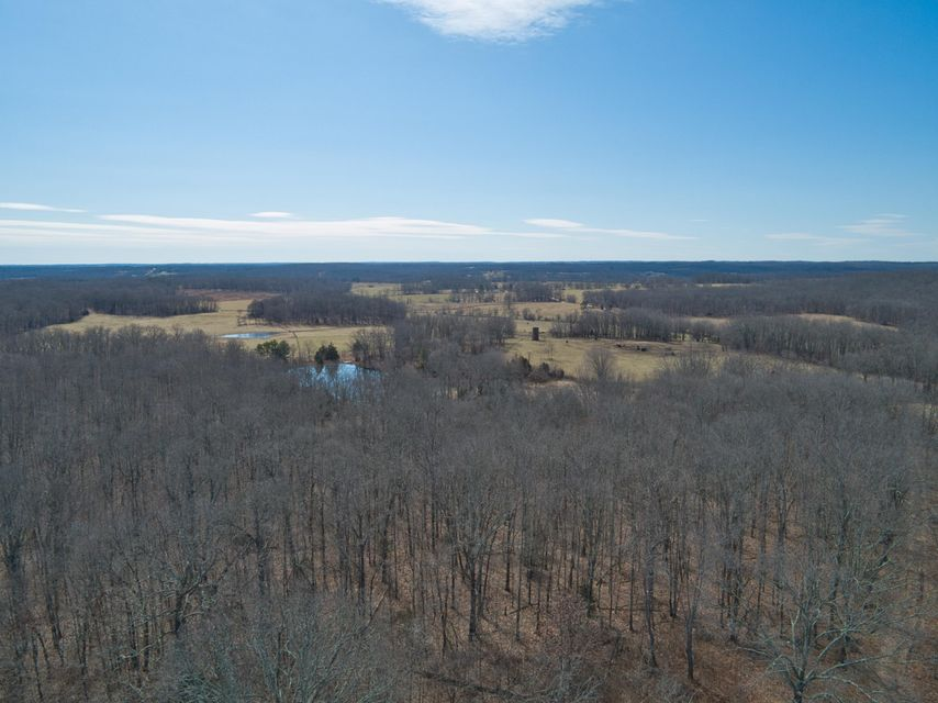 Farm for sale – 1788  County Road 1870   Willow Springs, MO