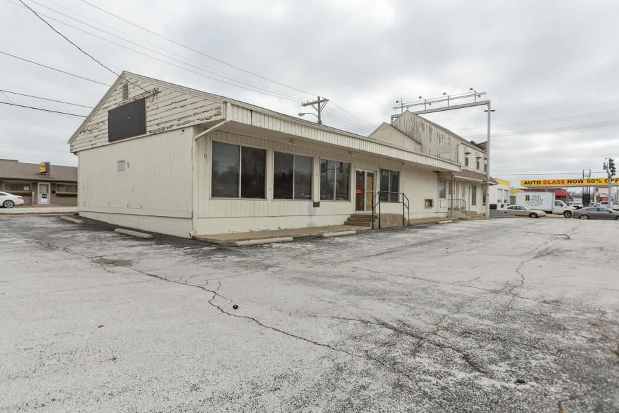 Commercial for sale – 200 North Glenstone   Springfield, MO