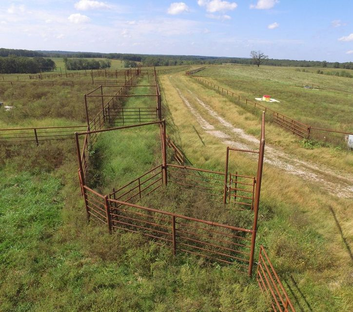 Lots and Land for sale – Tbd  Rawhide Rd   Edwards, MO