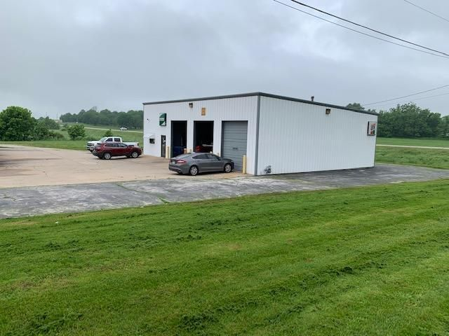 Commercial for sale – 305 East Proctor   Willard, MO
