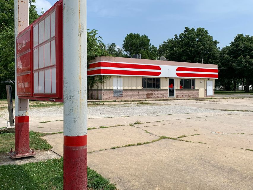Commercial for sale – 150  Grand   Greenfield, MO