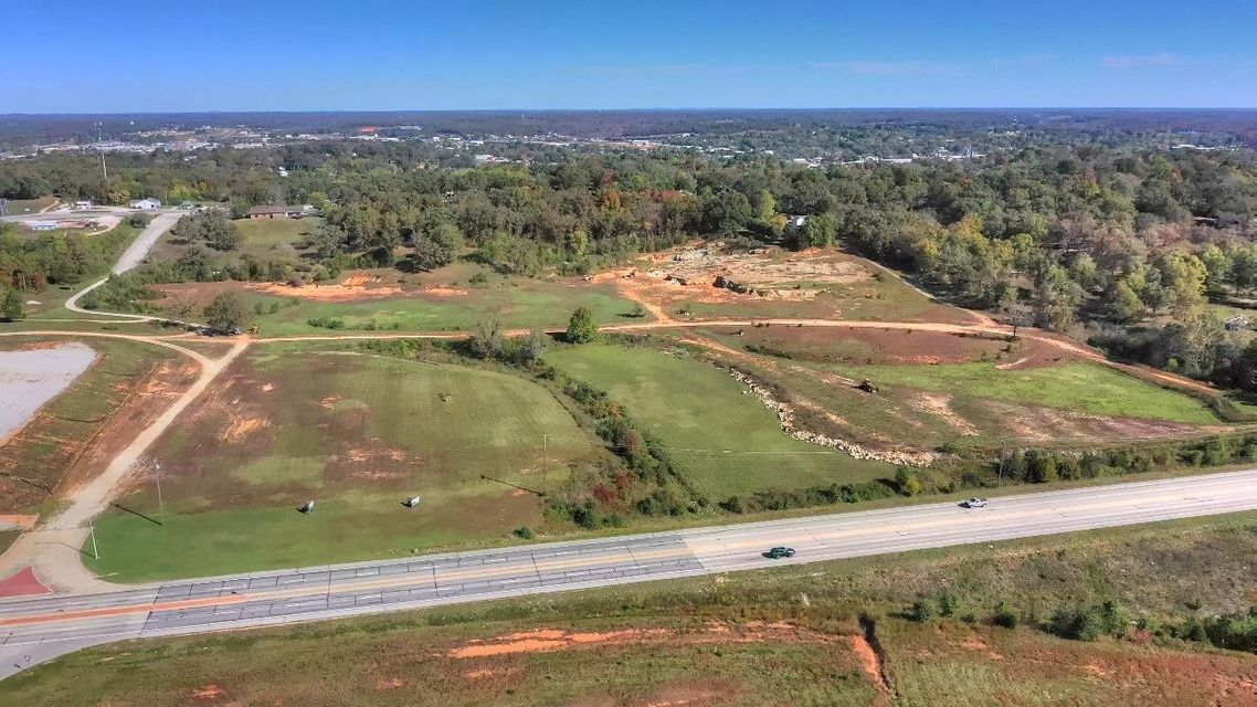 Commercial for sale – 000  Highway 63   West Plains, MO