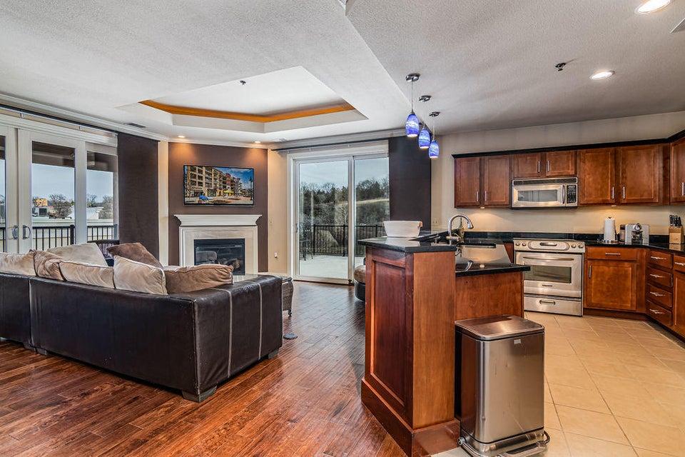 Residential for sale – 9201  Branson Landing  201 Branson, MO