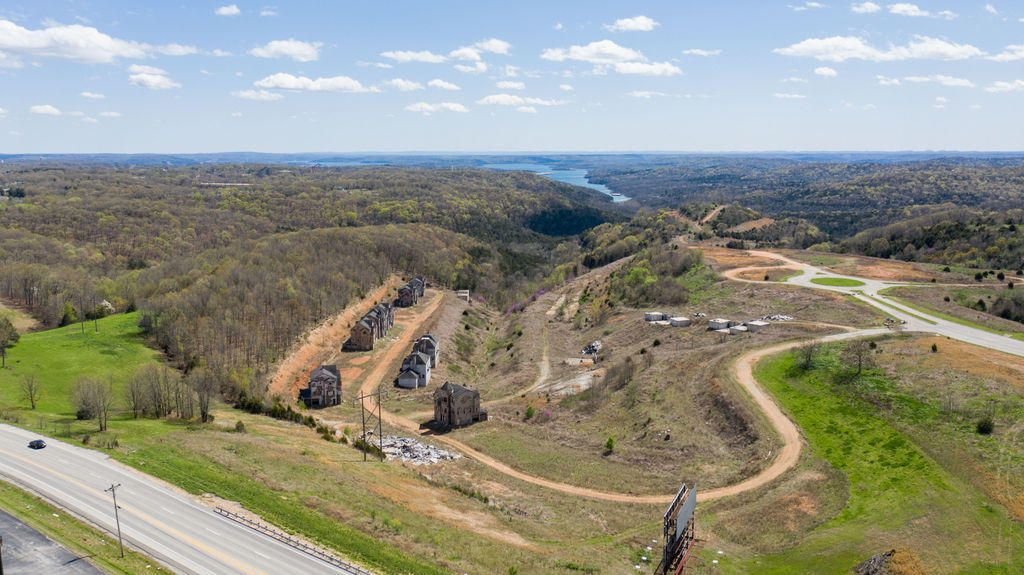 Commercial for sale – 000  Possum Valley   Branson West, MO