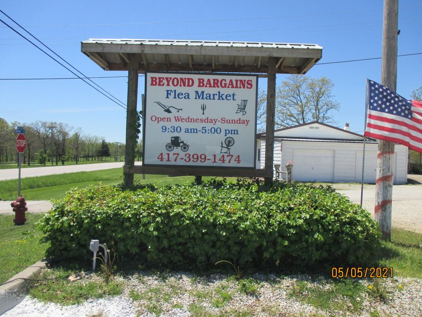 Commercial for sale – 22583  Us Highway 54   Hermitage, MO